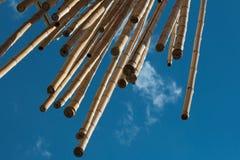 Hangend Bamboeriet, Blauwe Hemel op achtergrond Stock Fotografie