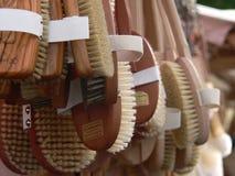 Hangende borstels Royalty-vrije Stock Afbeeldingen