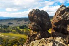 Hangende rots, Macedon, Victoria, Australië Royalty-vrije Stock Afbeeldingen