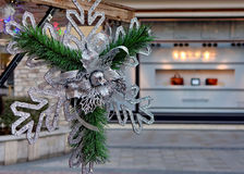 Hangende sneeuwvlokdecoratie Stock Foto's