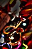 Hangende telefoon in nachtscène Stock Foto's