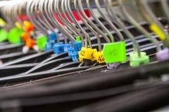 Hangers in een Klerenwinkel royalty-vrije stock foto