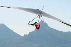 Hangglider in flight Royalty Free Stock Images