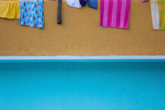 Hanging clothes to dry Royalty Free Stock Images