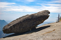 Hanging rock in Sequoia National Park, California. Hanging rock on the Moro Rock trail in Sequoia National Park, California, United States Royalty Free Stock Photography