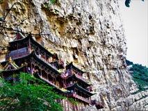 Hanging Temple o templo de Xuankong en China, roca e historia fotografía de archivo
