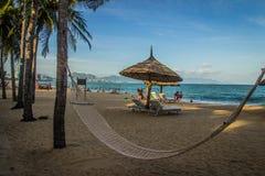 Hangmat op een paradijsstrand - Nha Trang Vietnam Stock Foto