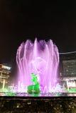 Hangzhou ha illuminato il quadrato di costruzione di Wishan Fotografia Stock