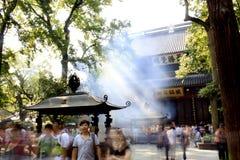 Hangzhou tempel: lingyin Arkivfoton