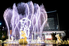 Hangzhou upplyst byggande Wishan fyrkant Arkivbilder