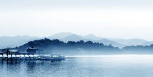 Hangzhou västra lake i Kina Royaltyfri Bild