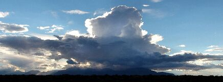 HANKSVILLE AREA, WAYNE CO, UT - 2016-09-30 - Burr Point -11 storm building over henry mts Stock Photo