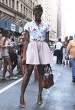 Hanne Gaby Odiele sommardräkt under New York modevecka Arkivfoton