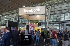 Hannover, Alemania - 13 de junio de 2018: Cabina de la compañía Facebook Fotografía de archivo