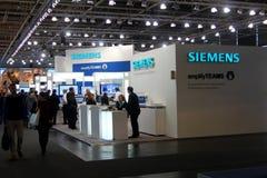 Soporte de Siemens el 9 de marzo de 2013 en expo del ordenador del CEBIT Fotos de archivo