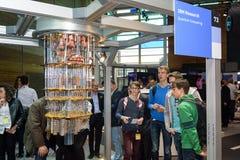 Hannover, Germania - 13 giugno 2018: IBM mostra un modello del quantum fotografia stock libera da diritti