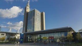 Hannover, Germania - 17 novembre 2017: La zona fieristica di Hannover Lasso di tempo video d archivio