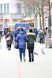 Hannover/Tyskland - 11/13/2017 - en bild av en shoppinggata Royaltyfria Bilder