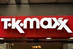 Hannover/Tyskland - 11/13/2017 - en bild av T K Maxx Logo Arkivfoto