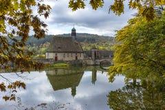 Hannover Tyskland - November 21, 2016: gammal medeltida slott i Tyskland Royaltyfri Bild