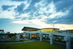 Hanoï, Vietnam - 10 juin 2017 : Noi Bai International Airport au crépuscule avec du T2 de Hall, le plus grand aéroport au Vietnam Images stock