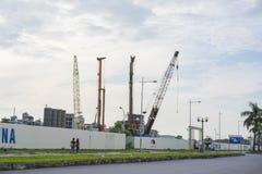 Hanoï, Vietnam - septembre 21, 2014 : Secteur de construction en construction par la rue de Thanh Xuan, Hanoï, Vietnam Photographie stock libre de droits