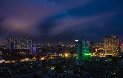 Hanoi-Ansicht vom Himmel bis zum Nacht stockfotografie