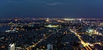 Hanoi antenn på natten arkivfoto