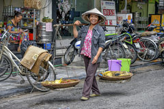 hanoi sprzedawca uliczny wietnamczyk Fotografia Stock