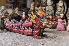 Hanoi, Vietnam - 15 febbraio 2015: Grande turibolo in tempio di letteratura Van Mieu - Quoc Tu Giam, il posto famoso nel Vietnam Immagine Stock Libera da Diritti