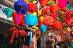 Hanoi Vietnam - Januari 26, 2017: Tet festivallyktor i den Hang Ma gatan, gammal fjärdedel, Hanoi, Vietnam Arkivfoto