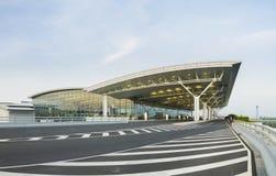 Hanoi, Vietnam - 12. Juli 2015: Noi Bai International Airport, der größte Flughafen in Nord-Vietnam, hat offiziell ein Ne geöffne Lizenzfreie Stockfotos