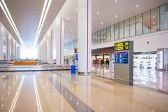 Hanoi Vietnam Mars 12:: terminaler på den Noibai internationalen Airpor Royaltyfri Bild