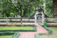 Hanoi Vietnam Mars 12:: Van Mieu eller templet av litteratur är Coll Arkivbilder