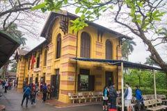 Hanoi, Vietname o 12 de março:: estilo francês das moradias em Ho Chi Minh Ma Imagens de Stock