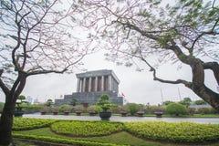 Hanoi, Vietname o 12 de março:: Ho Chi Minh Mausoleum é um h importante Fotografia de Stock
