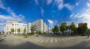 Hanoi Wietnam, Aug, - 5, 2015: Panorama widok czasu miasta kompleks w jasnym dniu w Minh Khai ulicie, Hai półdupków Trung okręg c fotografia royalty free