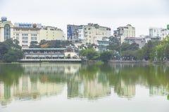 HANOI WIETNAM, GRUDZIEŃ, - 01: Widok Hoan Kiem jezioro na Dece Fotografia Stock