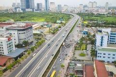 Hanoi Wietnam, Lipiec, - 4, 2015: Widok z lotu ptaka Pham Wieszał ulicę Hanoi pejzaż miejski Obrazy Stock