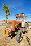 Hanomag Barreiros R545 bij jaarlijkse Uitstekende tractortentoonstelling in Cameno, Burgos, Spanje op 24 Augustus, 2014 Stock Foto's