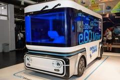 Hanovre, Allemagne - 13 juin 2018 : Minibus électrique e DISPARAISSENT le moteur photos stock