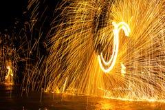 Hantera en ljus show fotografering för bildbyråer