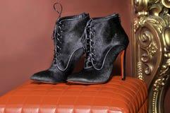Hantverk handgjorda skor handgjorda skor för mode Royaltyfri Bild