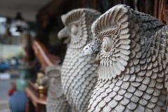 Hantverk Owl Statue Royaltyfria Bilder