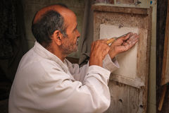Hantverkare på arbete marrakesh morocco Royaltyfria Bilder