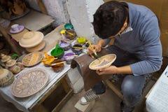 Hantverkarekrukmakeri. Marocko. Royaltyfri Bild
