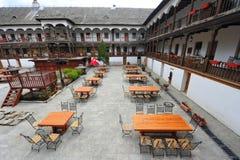 Hanul lui stary Bucharest centrum miasta Manuc - obraz royalty free