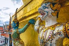 Hanuman, estátua do macaco do ramayana em Emerald Buddha Temple, Banguecoque, Tailândia Fotos de Stock Royalty Free