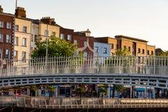 Hapenny-Brücke Dublin Ireland Stockfotos