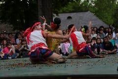 Hapiness在泰国,传统泰国喜欢舞蹈 免版税库存照片